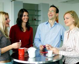 О чем лучше не разговаривать с коллегами: 6 вещей о которых посторонним знать не обязательно
