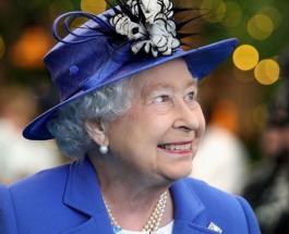 Елизавета II посетила новую штаб-квартиру общества коллекционеров почтовых марок