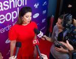 Певица отвечает на вопросы журналистов