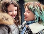 Обе дочки очень похожи на Милу