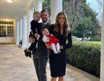 Эрик с женой и детьми