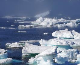 Гренландский ледяной щит тает в семь раз быстрее чем 20 лет назад