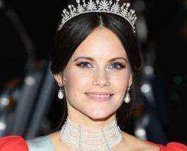 Принцесса София в нежном платье с розами затмила родственниц на ужине в замке Швеции