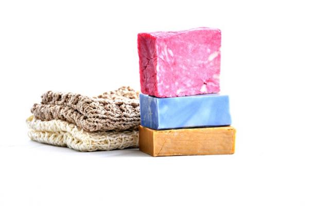 Как очистить утюг от нагара в домашних