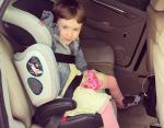 Нина в автомобиле