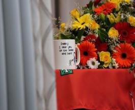 19-месячный сын погибшего пожарного в Австралии получил посмертную медаль отца