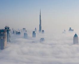 Молния ударила в самое высокое здание в мире: на Дубай обрушились ливни с грозами