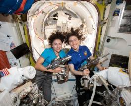 Женский экипаж НАСА вышел в открытый космос второй раз в истории: прямая трансляция