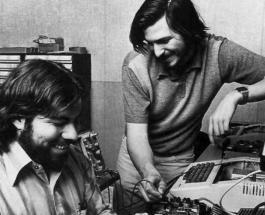 43 года назад Стив Джобс и Стив Возняк зарегистрировали компанию Apple