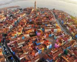 Каналы в Венеции превратились в грязевые ямы: фото из легендарного города на воде