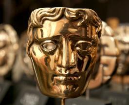 BAFTA 2020: интересные наряды звезд на красной дорожке церемонии награждения
