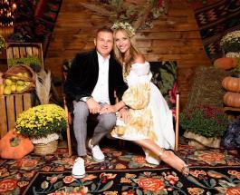 Екатерина Осадчая и Юрий Горбунов отмечают годовщину свадьбы: лучшие фото звездой пары