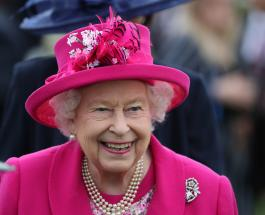 Елизавета II похвалила за самодельные короны маленьких пациентов лондонской больницы