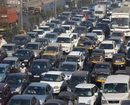 Уникальный эксперимент в Индии: водителей отучают часто и громко сигналить в пробках