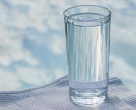 До, во время или после еды: когда лучше всего пить воду