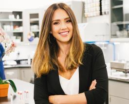 Джессика Альба рассказала о взаимосвязи материнства и ведения бизнеса