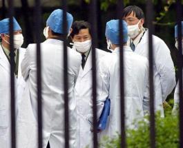 От коронавируса умер главврач больницы в Ухане: погибших медиков назовут в Китае героями