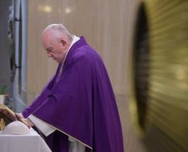 Папа Римский снова пропустил службу: верующие обеспокоены состоянием 83-летнего понтифика
