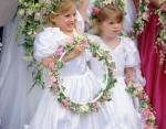 Юные принцесса Евгения и принцесса Беатрис