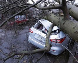 19 человек погибли в результате торнадо в штате Теннесси, США