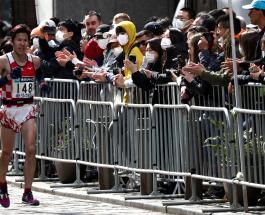 В Токийском марафоне приняли участие несколько сотен бегунов вместо 38 000 человек
