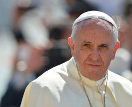 Папа Римский впервые провел богослужение в прямом эфире вместо традиционного способа