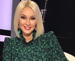 Лера Кудрявцева весело проводит время с мамой на отдыхе в Дубае