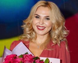 Пелагея получила звание Заслуженного артиста благодаря стараниям поклонницы