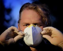 Болгарский учёный изобрёл необычную маску от коронавируса: она будет бить током