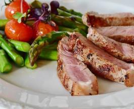 Продукты-враги для пищеварения: от какой еды стоит отказаться страдающим от запоров