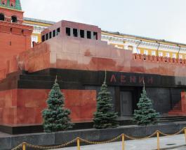 Россия закрывает мавзолей Ленина из-за пандемии коронавируса