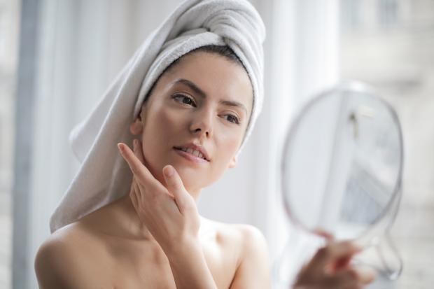 Рецепты натуральных масок для лица: как подтянуть и омолодить кожу