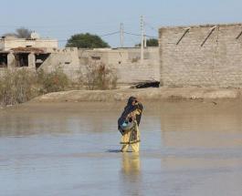 Сильное наводнение в Иране унесло жизни более 20 человек