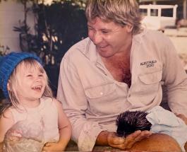 """Бинди Ирвин вышла замуж: семейные фото дочери известного """"охотника за крокодилами"""""""