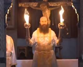 В Храме Гроба Господня в Иерусалиме сошел Благодатный огонь: видео