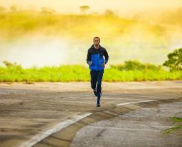 Можно ли заразиться коронавирусом во время пробежки на улице: мнение эксперта