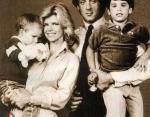 Сильвестр с женой Сашей и сыновьями