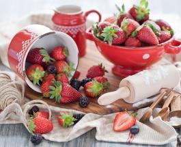 Топ-3 блюда из клубники: простые рецепты с использованием сезонной ягоды