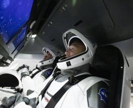 NASA и SpaceX готовятся к запуску пилотируемого космического корабля на МКС