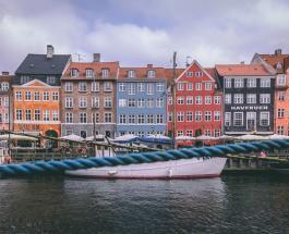 Дания частично открыла границы: посетить страну смогут только влюблённые