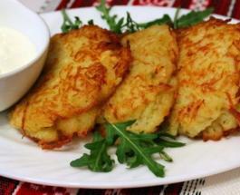 Что приготовить на ужин: рецепт вкусных фаршированных картофельных оладий