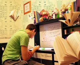 Топ-5 советов ЮНИСЕФ для родителей: как облегчить домашнее обучение детям во время пандемии