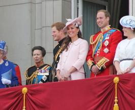 Крокодилы и бегемоты Елизаветы II: странные подарки, которые получает королевская семья