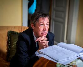 Что нельзя делать Михаилу Ефремову под домашним арестом: комментарий юриста