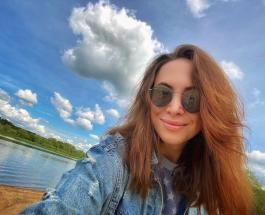 Красивая сестра Жанны Фриске: новое фото Натальи собирает комплименты в сети