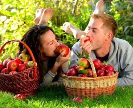 Чем полезны яблоки, и от каких болезней спасут фрукты