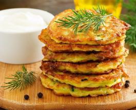 Вкусный летний обед: пикантные блины с цуккини и 3 видами сыра