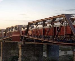 Необычная достопримечательность в Южной Африке: разрушенный поезд стал роскошным отелем