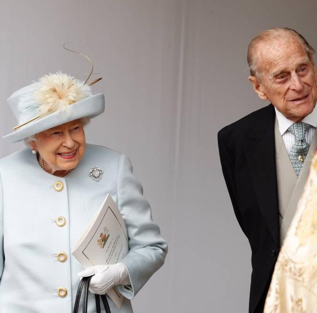 Елизавета-2 и муж