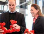 Кейт Миддлтон и принц Уильям сыграли в игровые автоматы во время официального визита